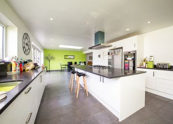 Thumbnail 6 bed end terrace house for sale in Bowershott, Letchworth Garden City