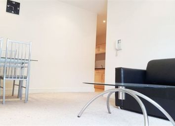 Thumbnail 2 bedroom property to rent in 2 Bed Furnished, Burnett Street