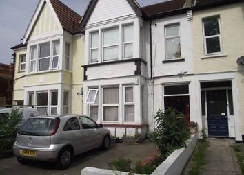 Thumbnail 1 bedroom flat to rent in Valkyrie Road, Westcliff On Sea