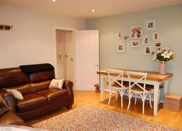 Thumbnail 2 bedroom flat for sale in Whitehall Lane, Buckhurst Hill