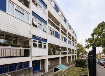 Thumbnail 3 bed maisonette to rent in Montalt Road, Woodford Green