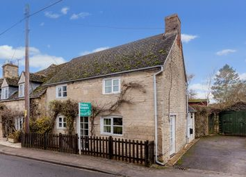 Thumbnail 3 bed cottage to rent in Cassington, Witney