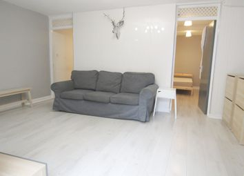 Thumbnail 2 bed flat to rent in Chatsworth Road, Hackney