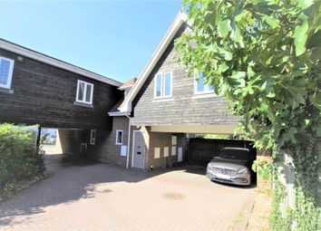 Thumbnail 1 bed flat for sale in Kingfisher Court, Whitchurch Road, Pangbourne