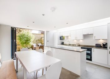 Thumbnail 6 bed shared accommodation to rent in Lochaline Street, Fulham