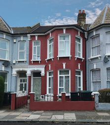 Thumbnail 3 bed flat to rent in Carlingford Road, Turnpike Lane