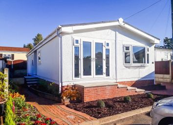Thumbnail 2 bedroom mobile/park home for sale in Sunningdale Park, New Tupton, Chesterfield