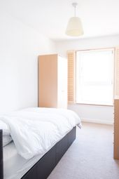 Thumbnail Room to rent in Byng Street, Canary Wharf