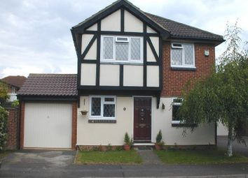 Thumbnail 4 bed property to rent in Loosen Drive, Maidenhead, Berkshire