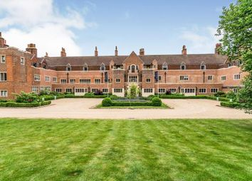 King Edward VII Apartments, Kings Drive, Midhurst, West Sussex GU29. 2 bed flat
