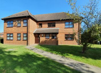 Thumbnail Flat to rent in Brighton Road, Horley
