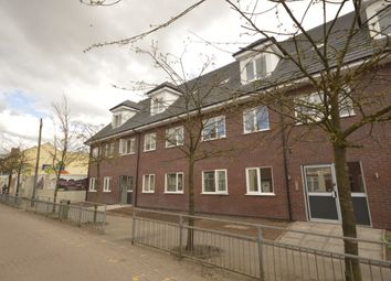 2 bed flat to rent in Leicester Street, Wolverhampton WV6