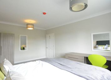 Room to rent in London Road, Earley, Reading RG6