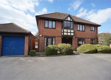 Thumbnail 2 bed flat to rent in Brinkley Place, Colchester, Essex.