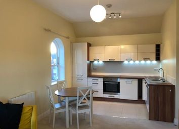 2 bed flat to rent in Ashville Way, Wokingham RG41