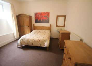 Thumbnail 2 bed flat to rent in Arundel Crescent, Plymouth