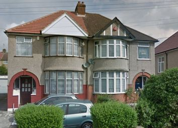 Thumbnail 4 bed property to rent in Deanscroft Avenue, London