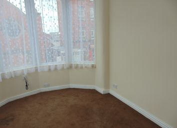2 bed flat to rent in 1A Reads Avenue, Blackpool FY1