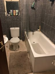 Thumbnail 4 bed flat to rent in Queens Road, London