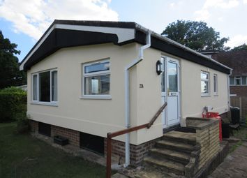 Hedge Barton, Fordcombe, Tunbridge Wells TN3. 2 bed mobile/park home