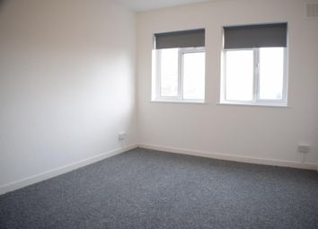 Thumbnail 4 bed flat to rent in Granville Place, London, North Finchley, London