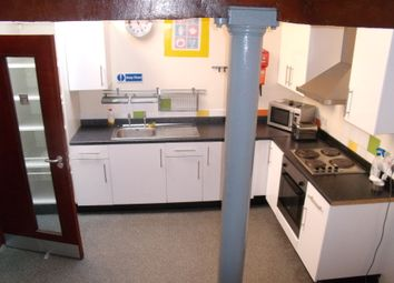 Thumbnail 6 bed shared accommodation to rent in Russell Street, Nottingham