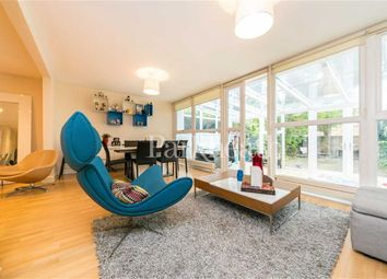 3 bed property to rent in Tasker Road, Belsize Park, London NW3