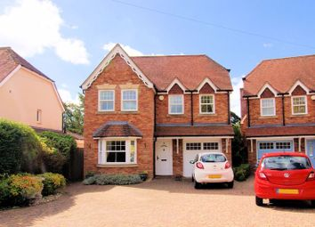 Catisfield Road, Fareham PO15. 5 bed detached house
