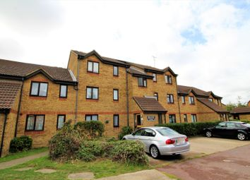 Thumbnail 2 bedroom flat for sale in Parsonage Road, Grays