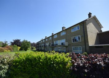 2 bed maisonette for sale in Glebe Way, Hanworth, Feltham TW13
