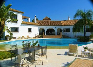 Thumbnail 6 bed villa for sale in Estepona, Andalusia, Spain