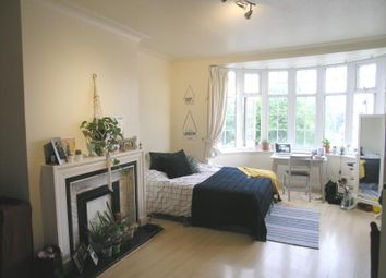 Thumbnail 2 bed flat to rent in Quadrant Close, The Burroughs