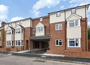 Thumbnail 1 bedroom flat for sale in Empress Road, Luton, Bedfordshire
