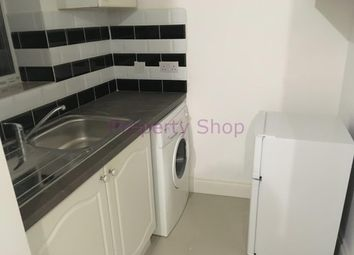 Thumbnail Room to rent in Chatsworth Crescent, Hounslow