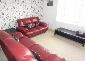 Thumbnail 2 bed flat to rent in Benvie Road, 2/L, Dundee