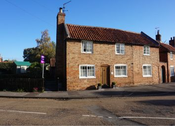 The Green, Collingham NG23. 2 bed cottage