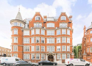 Thumbnail 3 bed flat for sale in Cliveden Place, Belgravia