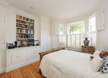 Thumbnail 2 bedroom flat for sale in Kenyon Street, Fulham, London