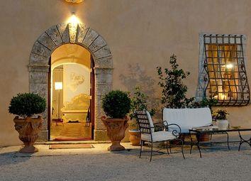 Thumbnail 11 bed villa for sale in Villa Terrazza Sulla Toscana, Montepulciano, Siena, Tuscany, Italy
