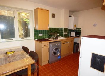 Thumbnail 1 bedroom flat to rent in Shalbourne Square, London