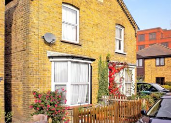 Thumbnail 2 bed cottage to rent in George Street, Staines