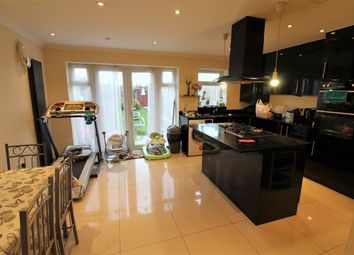 Thumbnail 6 bed terraced house to rent in Applegarth Drive, Newbury Park