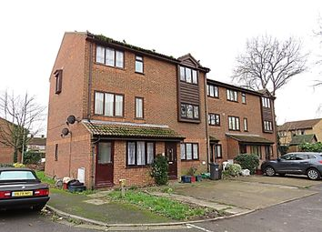 1 bed flat to rent in Barnes Avenue, Southall UB2