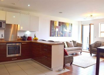 2 Bedrooms Flat to rent in 1 Holford Way, West Putney SW15