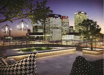 Thumbnail 3 bedroom flat for sale in Manhattan Plaza, Manhattan Tower, Canary Wharf, London