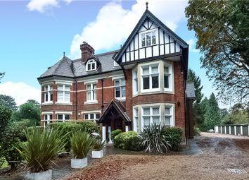 Thumbnail 3 bedroom flat to rent in Bath Road, Taplow, Maidenhead