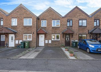 Rose Gardens, Stanwell, Surrey TW19. 2 bed terraced house