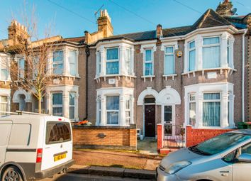 Thumbnail 3 bed flat to rent in Hockley Avenue, London