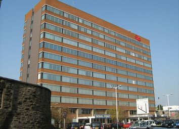 Thumbnail Office to let in Signal Point, Station Road, Swindon