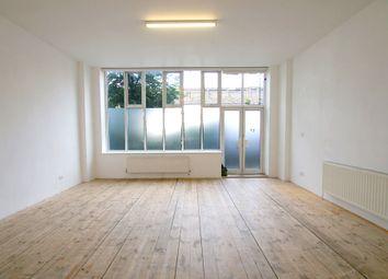 Thumbnail 1 bedroom flat to rent in 210 Cambridge Heath Road (4), Bethnal Green, Hackney, London